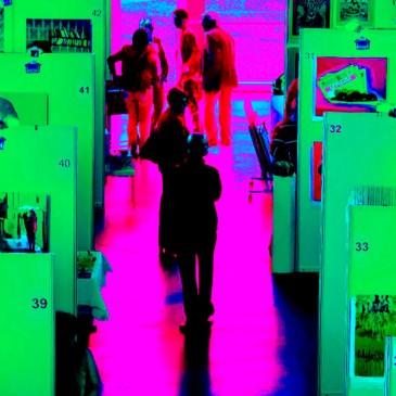 """""""Eines der Highlights auf der Messe."""" – Kultursenatorin begeistert von Fotokollagen auf der HanseArt"""